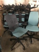 Profim márkájú irodai guruló szék - forgó szék, karfás szék
