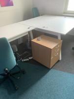 Dupla íróasztal, használt irodabútor