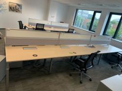 Steelcase íróasztal, 4 fős munkaállomás, használt irodabútor