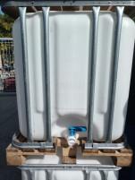 ibc tartályok 600 literesek eladók.
