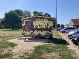 egyedi-bufekocsi