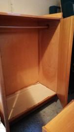 Ruhás szekrény eladó akasztós gardrobe