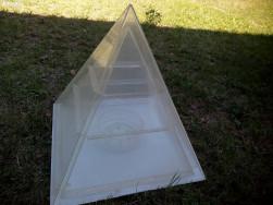 Hologramhoz piramis eladó!