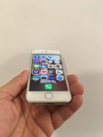 iPhone SE 16 GB, összes gyári tartozék+3tok,ezüst, független,csere nem