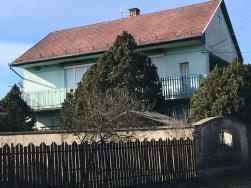Vállalkozásra is alkalmas családi ház az M5 vonzáskörzetében sürgősen eladó!