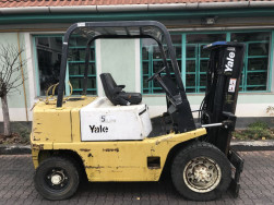 Eladó Yale 3 tonnás gázos targonca (V-3049)