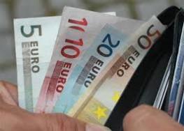 Kínálnak hiteleket között különösen súlyos és egyszeru