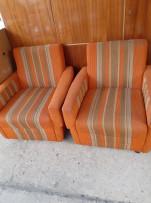 2db retró fotel, 1db ágynemű tartós komód, 1db gyerek író asztal!