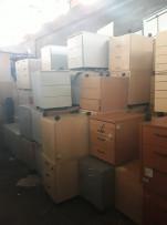 Irodai kis szekrények, konténerek