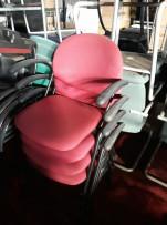 Bordó karfás rakásolható székek