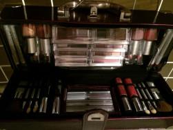 Mascara kozmetikai smink bőrönd