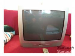 Eladô scart Tv.+ELADÓ JÖ MINŐSÉGÜ ROUTER! IRÁNY ÁR:.12000Ft.