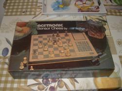 SciSys régi sakkgép dobozában szenzoros LED tábla és adapterről megy - FoxPost 800!