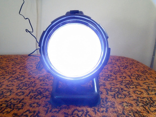 cordless-spotlight-sarga-munkalampa_2