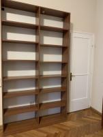 265 cm magas polcos szekrény, újszerű irodabútor